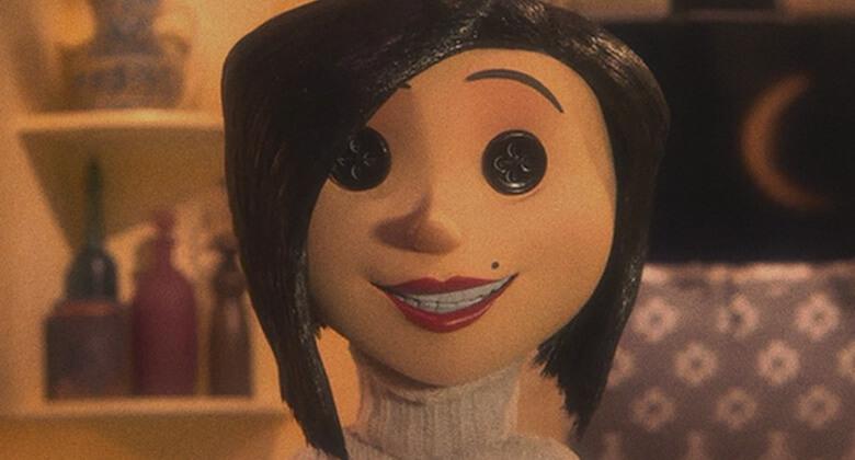 Mães macabras de filmes de terror: Outra Mãe (Coraline)
