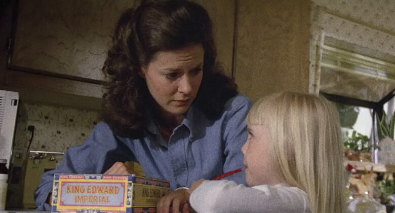Mães macabras de filmes de terror: Diane Freeling (Poltergeist)