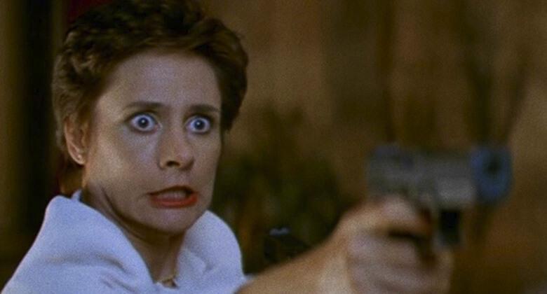 Mães macabras de filmes de terror: Senhora Loomis (Pânico 2)