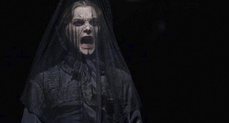 Mães macabras de filmes de terror: Jennet (A Mulher de Preto)