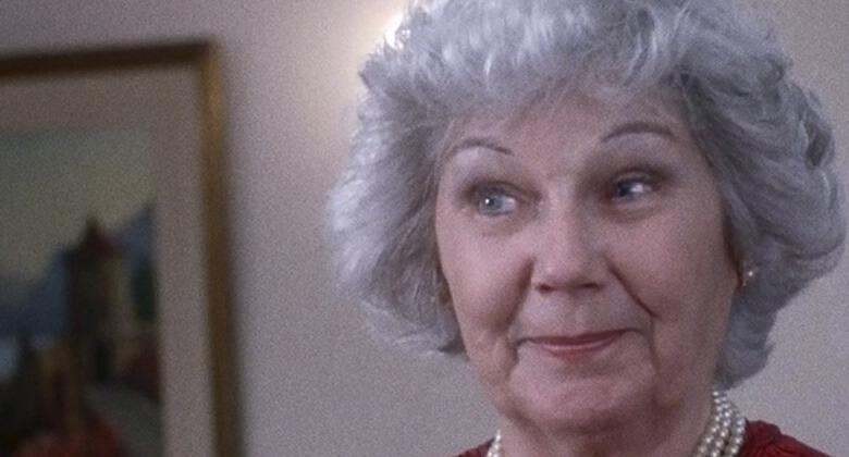 Mães macabras de filmes de terror: Emily Dwyer (Mom)