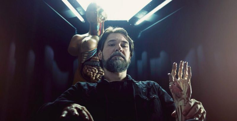 Cesar Bravo, autor brasileiro de terror publicado pela DarkSide Books