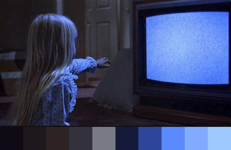 Poltergeist: uso do azul nos filmes de terror